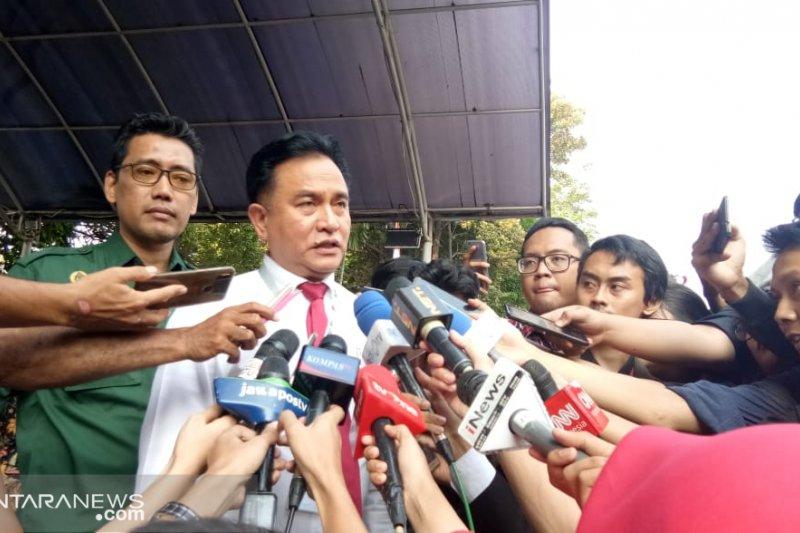 Yusril: tanpa kehadiran Prabowo-Sandiaga penetapan tetap sah