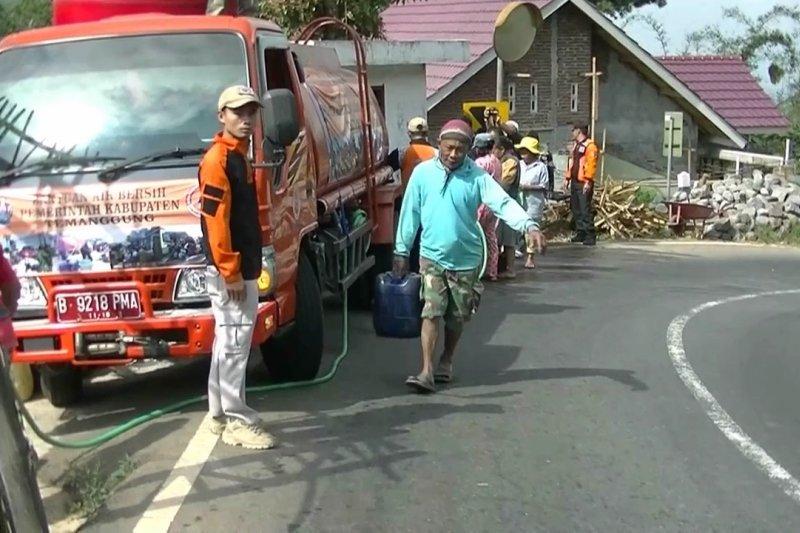 BPBD mulai salurkan bantuan air bersih