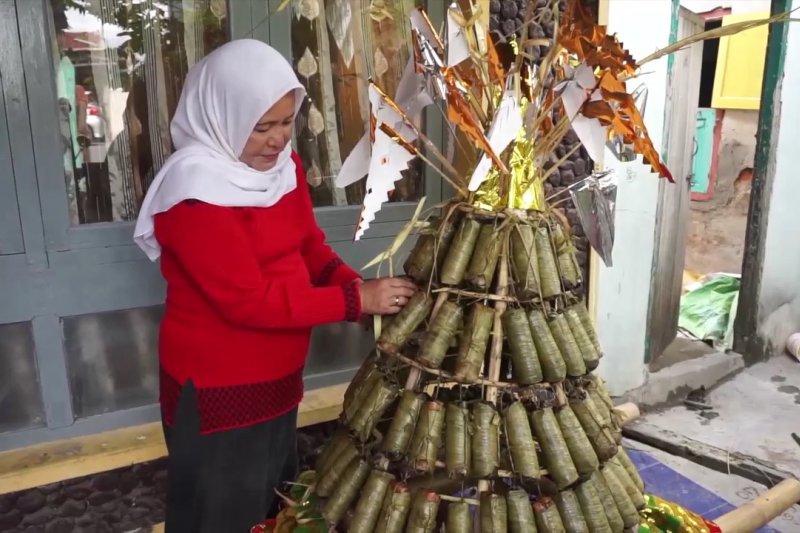 Lestarikan budaya Palu lewat Lebaran Mandura