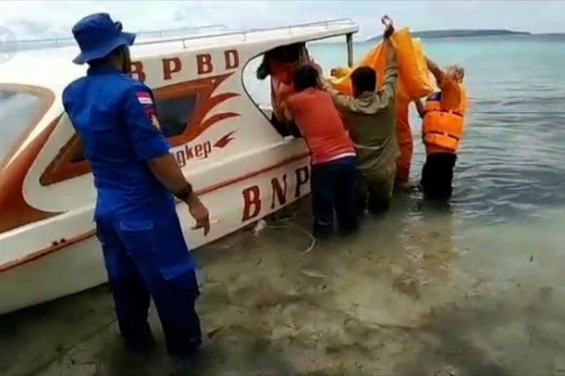 Nelayan Banggai temukan jenazah, diduga korban KM Lintas Timur