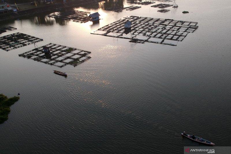 Jelang pembersihan, Pemkab Agam data ulang keramba jaring apung di Maninjau