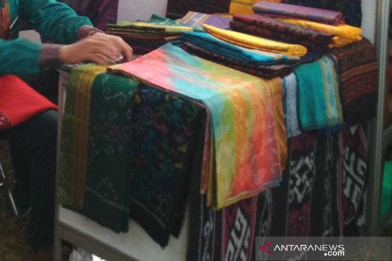 Penenun troso Jepara bantah telah klaim motif tenun ikat Sumba