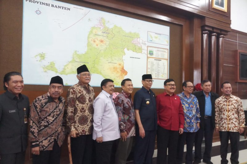 Komisi II DPR dukung langkah Gubernur Banten atasi persoalan PPDB 2019