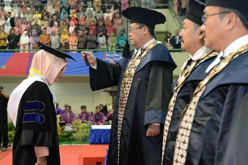 Rektor: lulusan UNY harus selalu mengembangkan iptek