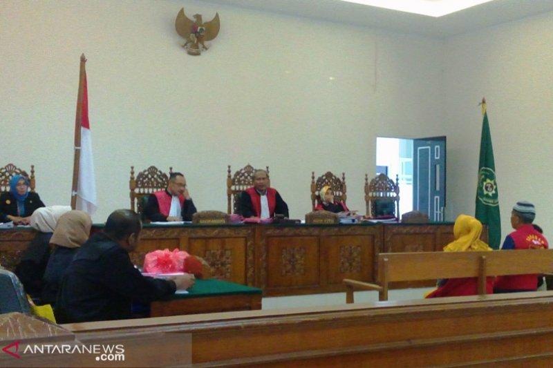 Lanjut sidang sate diduga daging babi, hakim tolak eksepsi terdakwa