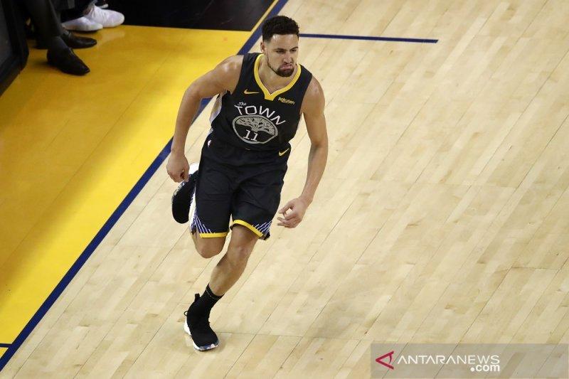 Klay Thompson putuskan tetap bertahan di Warriors