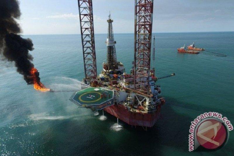 Harga minyak naik di tengah ketegangan geopolitik dan khawatir permintaan