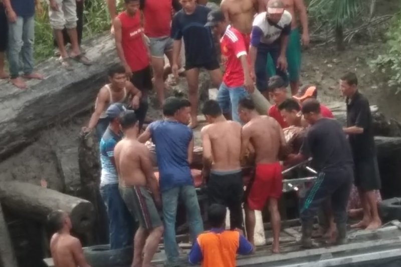 Perempuan terjun ke Sungai Rawa Siak ditemukan meninggal dunia