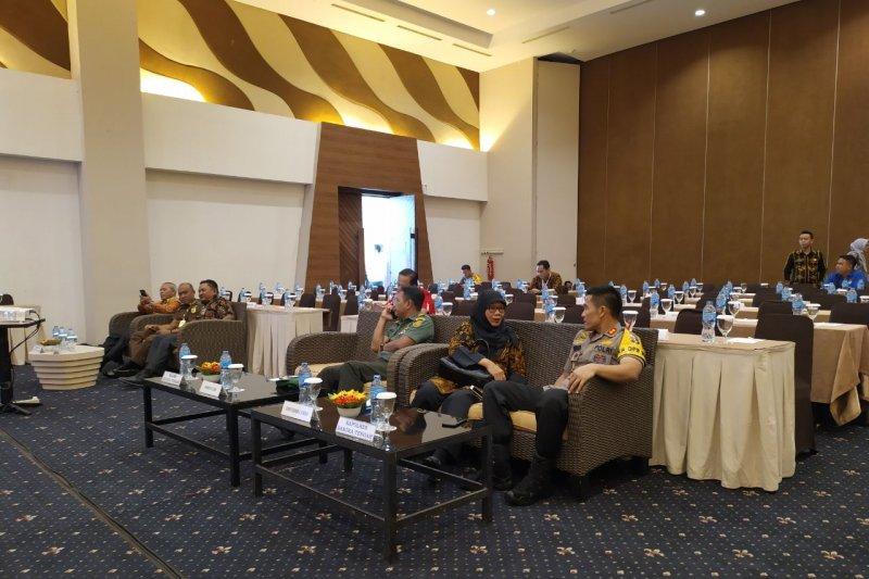 KPU Bangka Tengah tunda rapat pleno penetapan perolehan kursi DPRD