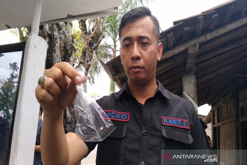 Pos Polisi Siluwok Kulon Progo ditembak orang tak dikenal