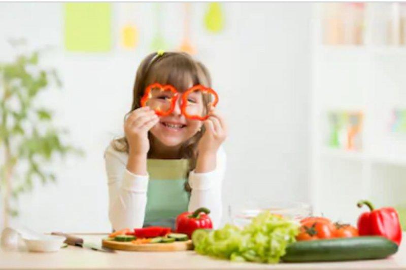 Bekal Makanan Salah Satu Kunci Agar Anak Semangat Sekolah