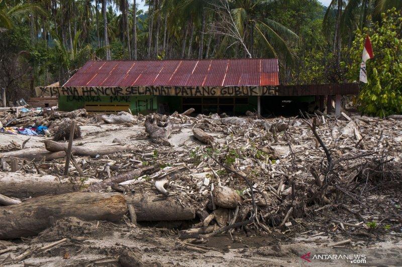 Diterjang banjir bandang tiga kali, beginilah kondisi desa Bangga yang terkubur lumpur
