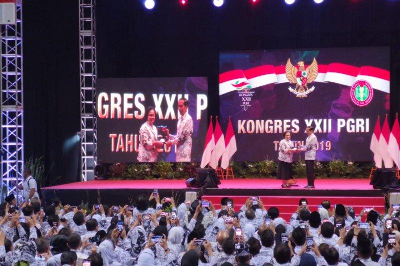 Presiden Jokowi buka Kongres XXII PGRI di Jakarta