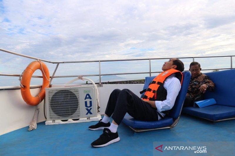 Presiden bersama istri nikmati pemandangan bawah laut Taman Nasional Bunaken