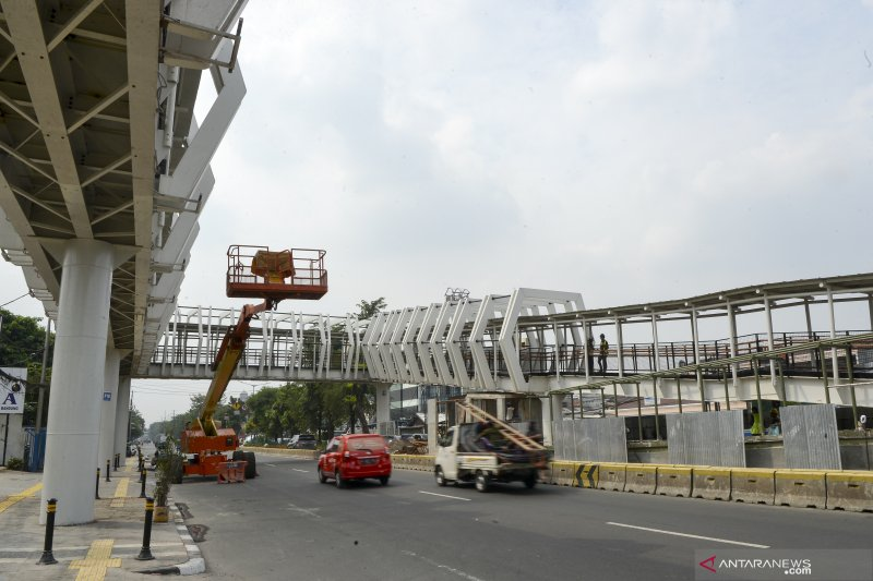 Pembangunan skybridge Rawamangun
