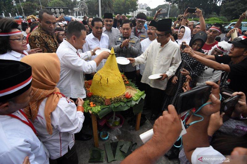Relawan Jokowi-Amin gelar syukuran kemenangan