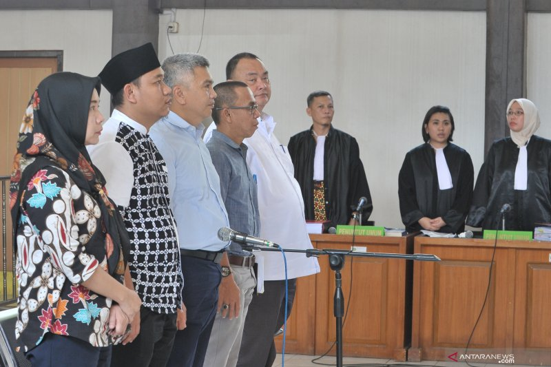 Sidang perdana Komisioner KPU Palembang