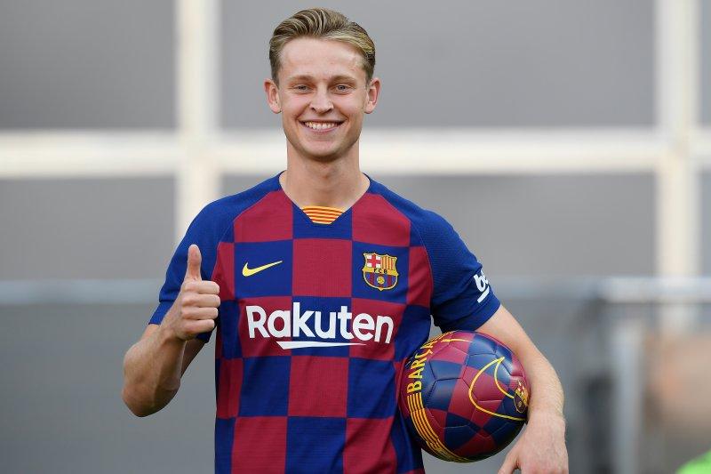 Frankie de Jong berharap de Ligt ikuti jejaknya gabung ke Barca
