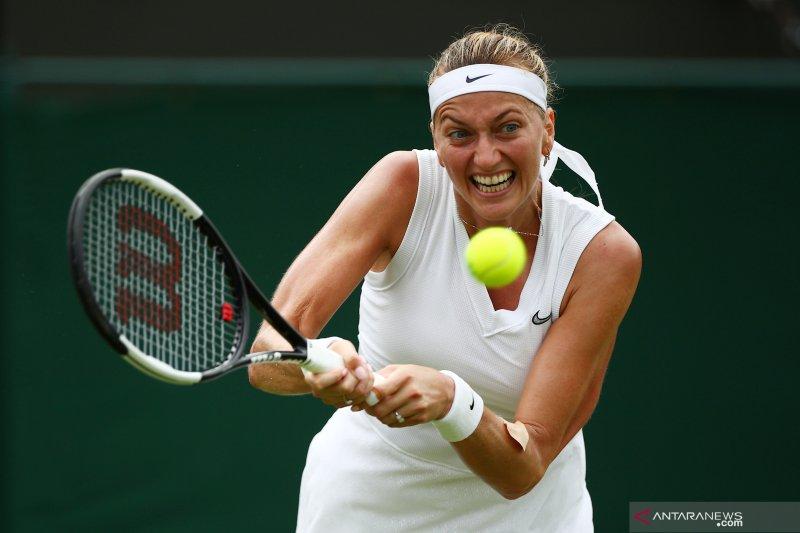 Kvitova singkirkan Linette untuk melaju ke putaran keempat