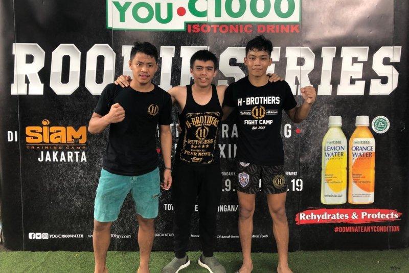 Dua petarung muda Indonesia raih kemenangan Rookie Series Kickboxing Tournament di Thailand