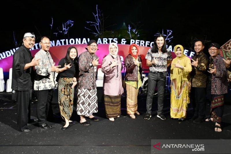 Pemkab Batang promosikan potensi pariwisata di Festival Borobudur