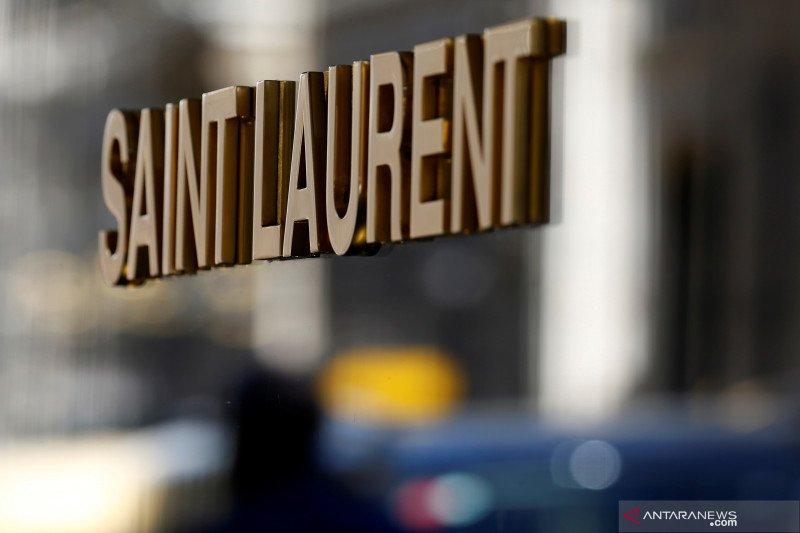 Saint Laurent mundur dari Paris Fashion Week