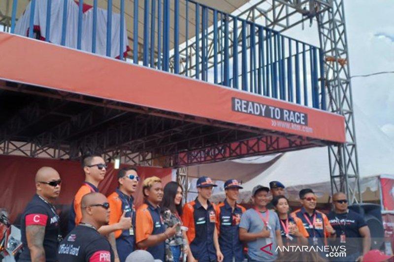 Jorge Prado pimpin kualifikasi balapan MX2 Palembang