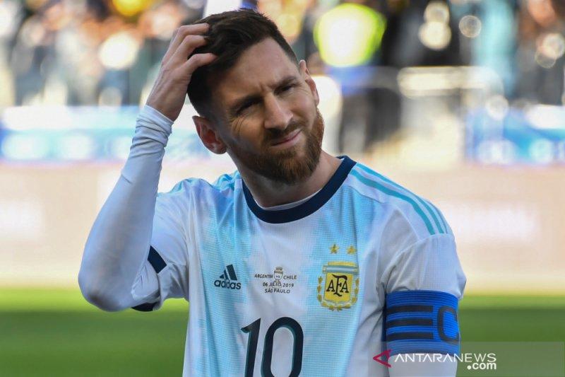 Jangan menjadi Messi, berat, biar Messi saja
