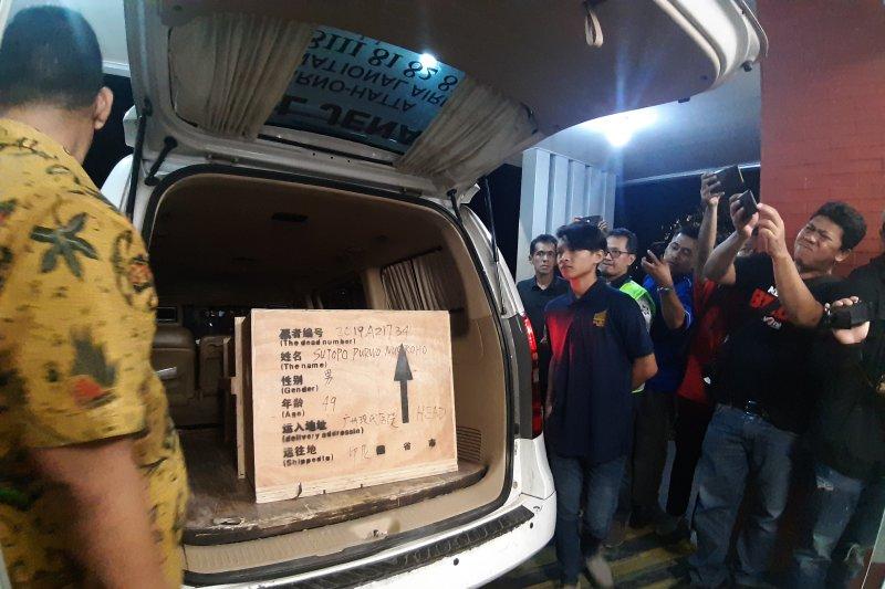 Jenazah Sutopo tiba di Indonesia