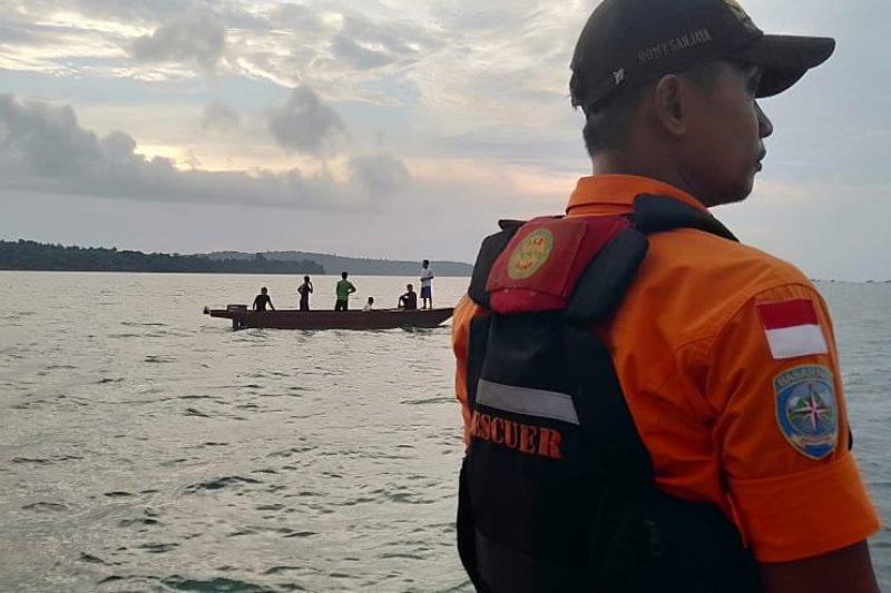 SAR mencari satu korban kapal tenggelam di perairan Lingga