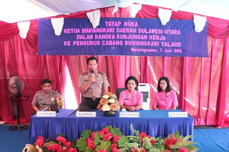 Kapolda Sulut apresiasi dukungan Bhayangkari bagi personel Polres Talaud