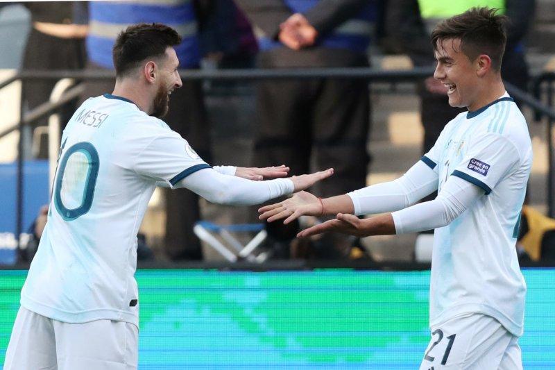 Jimat dari Messi ampuh bantu Paulo Dybala cetak gol