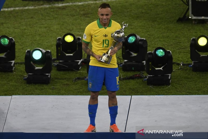 Everton, pemain terbaik dan sabet sepatu emas di Piala Copa America