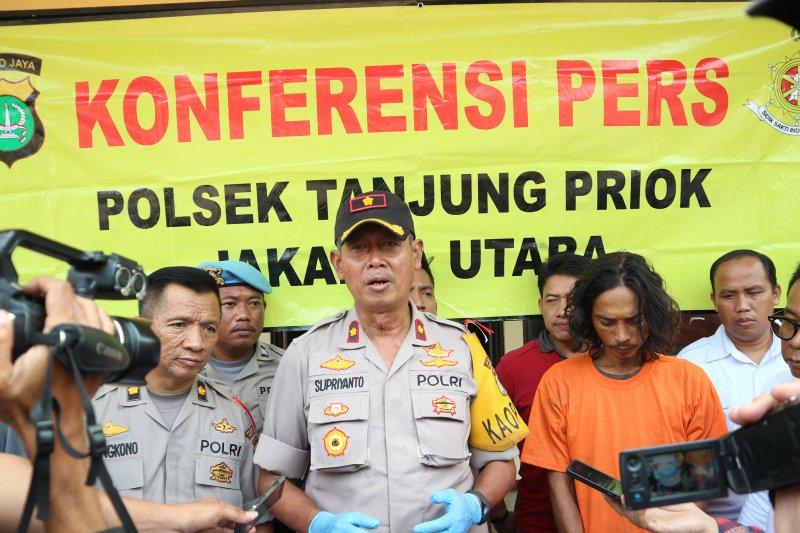 Penganiaya istri di Tanjung Priok sempat dipukuli warga