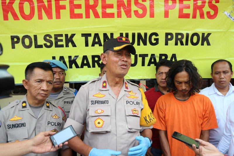 Penganiaya istri di Tanjung Priok beraksi di depan anak kandungnya