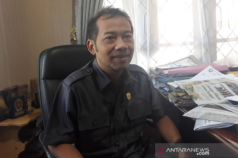 Dana Kelurahan wajib untuk pembangunan fisik, kata Legislator Kotim