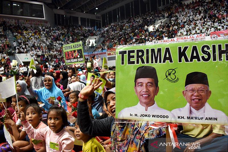 Santunan Aliansi Relawan Jokowi