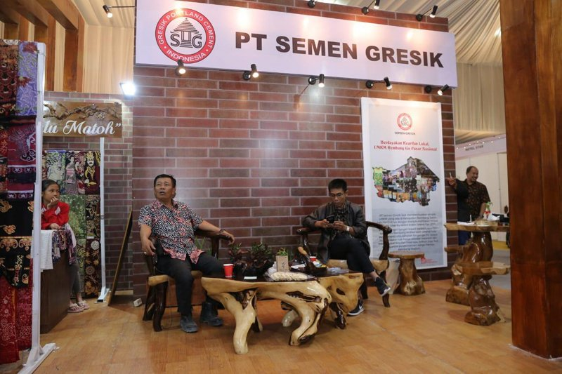 Dipadati pengunjung dari Jawa dan luar Jawa, UMKM Rembang panen pembeli