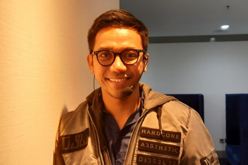 Make up artist Bubah Alfian pelajari zodiak klien agar pekerjaan lancar makin