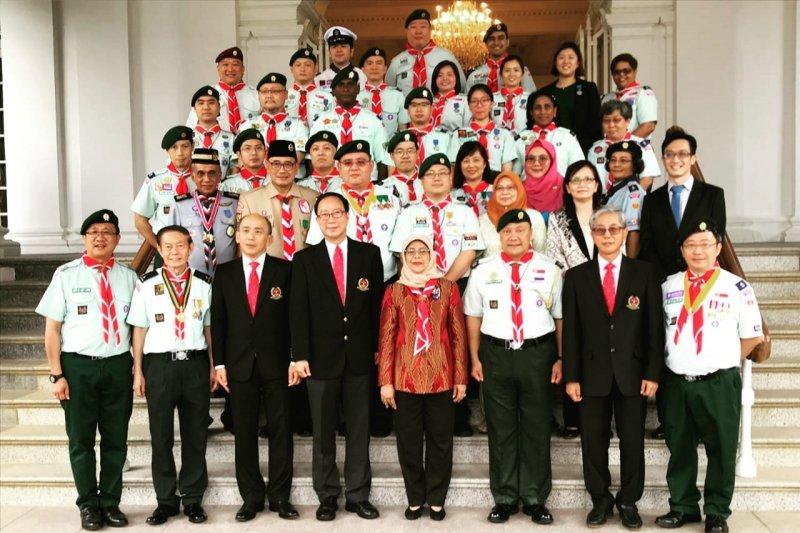 Presiden Singapura beri penghargaan kepada pengurus Pramuka Indonesia