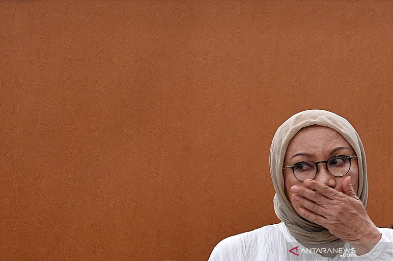 Ratna Sarumpaet bebas, Atiqah bahagia