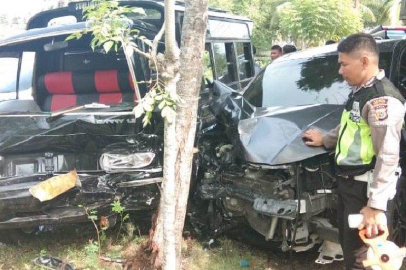 Tabrakan beruntun di lintas nasional Aceh akibatkan 10 orang dilarikan ke RS