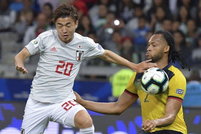 Pemain terbaik Liga Jepang 2018 bakal merumput di Barcelona