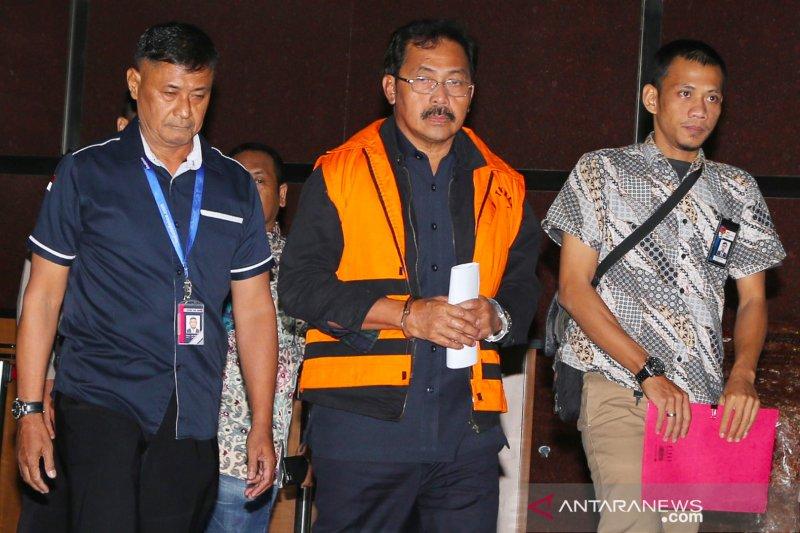 Gubernur Kepri ditahan