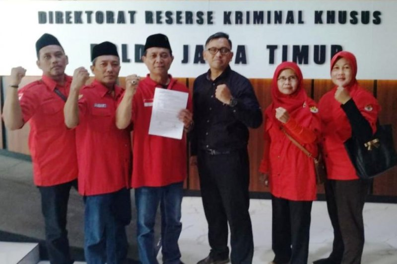 PDIP Surabaya laporkan pengunggah foto diduga rekayasa Megawati-Jokowi