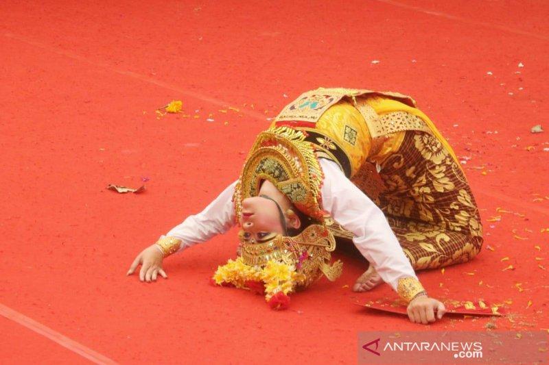 Tarian kuno dari Taro ditampilkan di Pesta Kesenian Bali