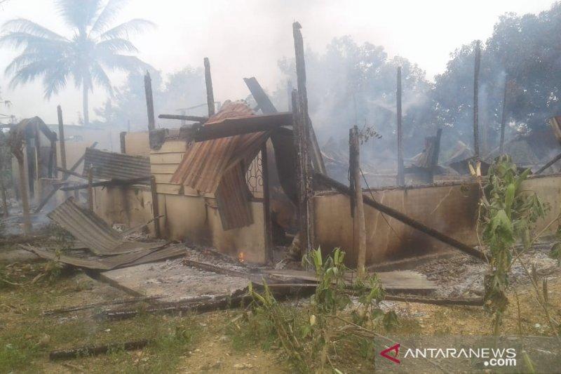 Asrama Polsek Samaturu Kolaka terbakar