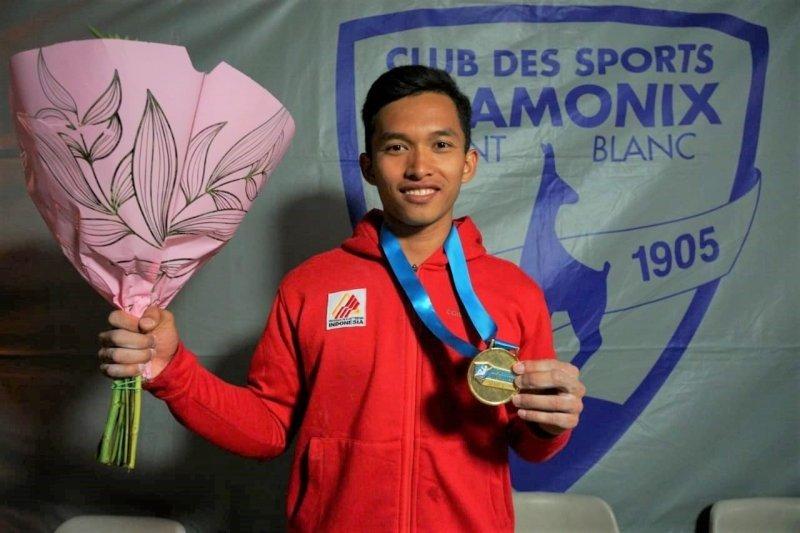 Atlet panjat tebing Indonesia, Alfian Fajri sabet medali emas di Prancis