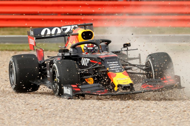 Sebastian Vettel minta maaf kepada Verstappen