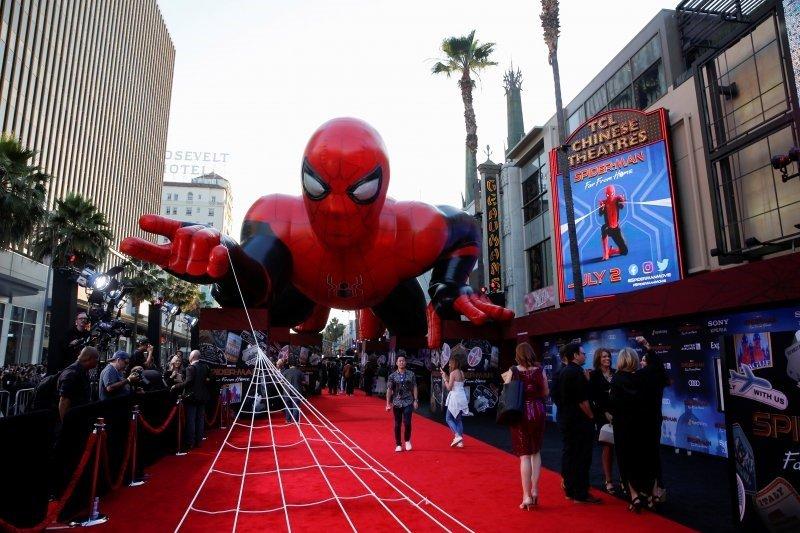 """""""Crawl"""" dan """"Stuber"""" belum bisa kalahkan """"Spider-Man"""" di Box Office"""